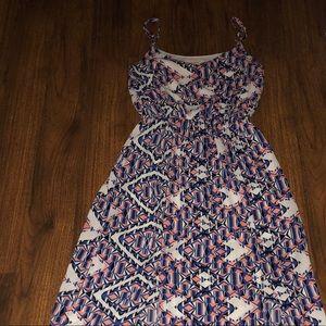 EUC Everly Maxi Dress